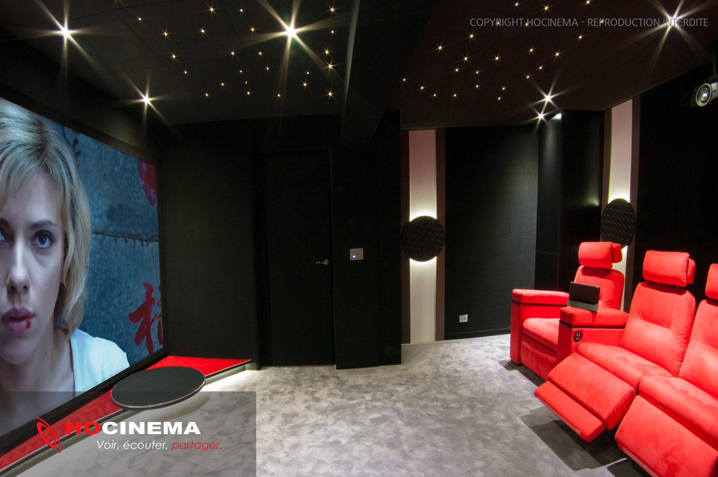 deco salle de cinema awesome deco salle theme cinema deco salle cinema deco salon jeune fort. Black Bedroom Furniture Sets. Home Design Ideas