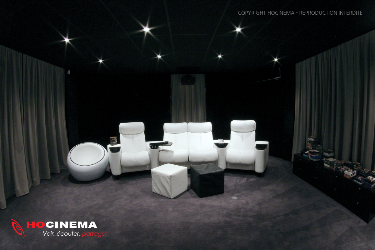 hocinema la salle de cin ma maison serpens en d tail. Black Bedroom Furniture Sets. Home Design Ideas