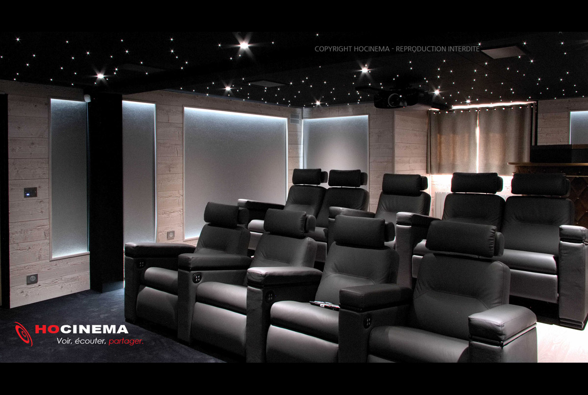 hocinema la salle de cin ma priv e columba en d tail. Black Bedroom Furniture Sets. Home Design Ideas