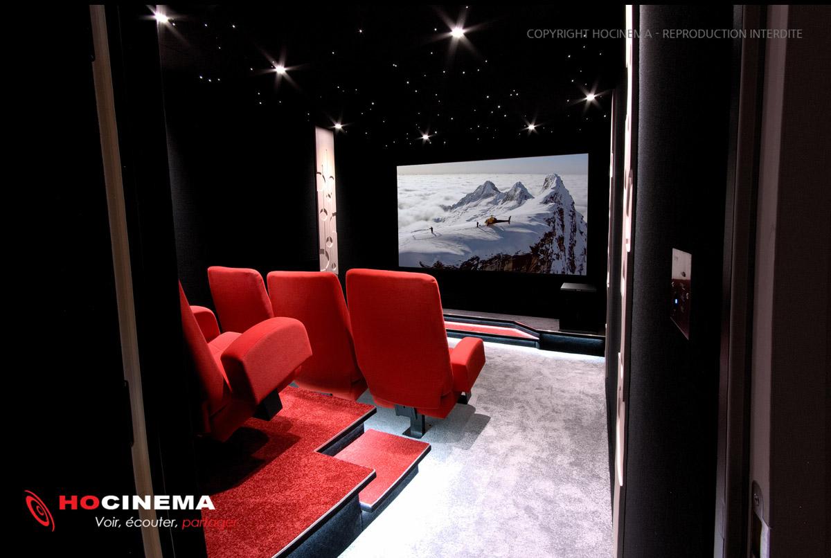hocinema la salle de cin ma priv e champagne de 15 m2. Black Bedroom Furniture Sets. Home Design Ideas